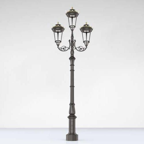 Antique Cast iron Garden Furniture Lamp post With Triple Lantern