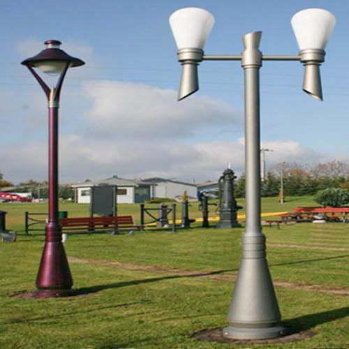 VIC LP18 lamp post