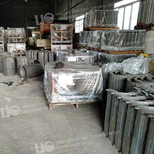 Roma Cast Iron Litter Bin manufacturer