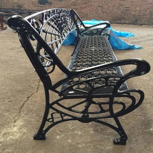 B02 Cast Iron Garden Bench Ends