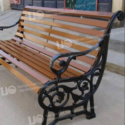 B06 Outdoor Garden Bench