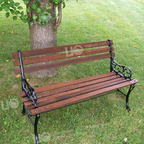 B10 Cast Iron Park Bench