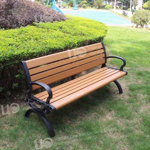 B11 Cast Iron Park Bench