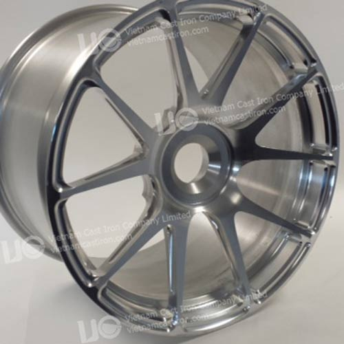 MA08 Machining of Aluminum Wheels for the Automotive Aftermarket Industry