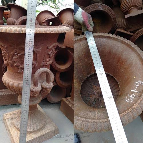 Cast iron rust urn