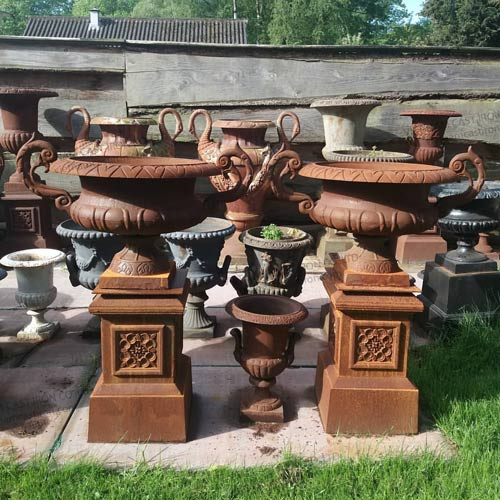 UP03 Cast Iron Urn Planter
