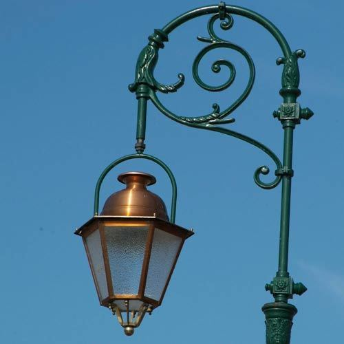 VIC LP28 lamp post head