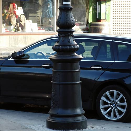 VIC LP37 lamp post base