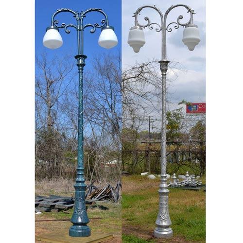 VIC LP38 lamp post