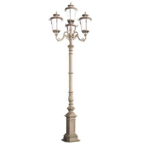 VIC LP41 lamp post