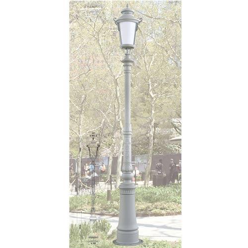 VIC LP43 lamp post