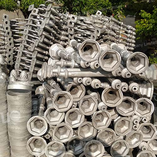 Cast aluminum lamp post parts