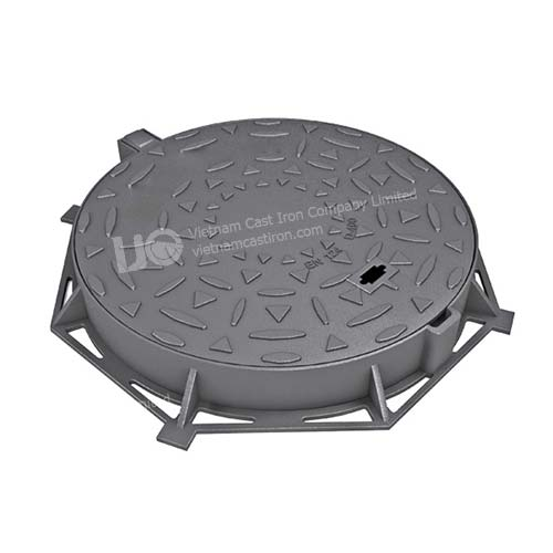 Hinged round manhole cover D400