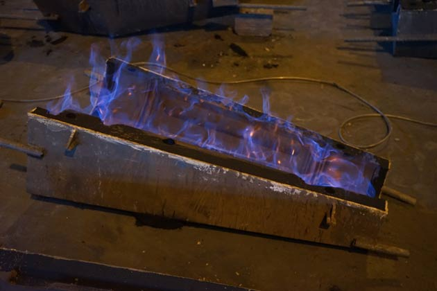 Lamppost foundry process