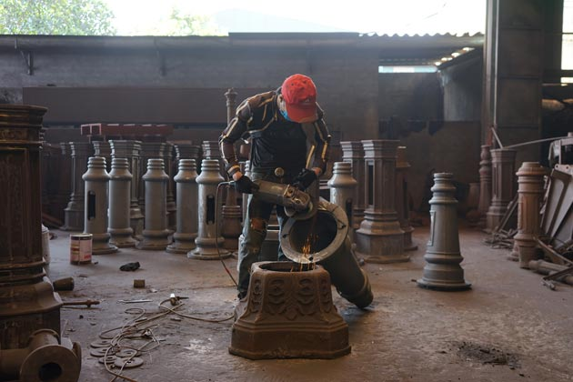 Cast iron in metal foundry