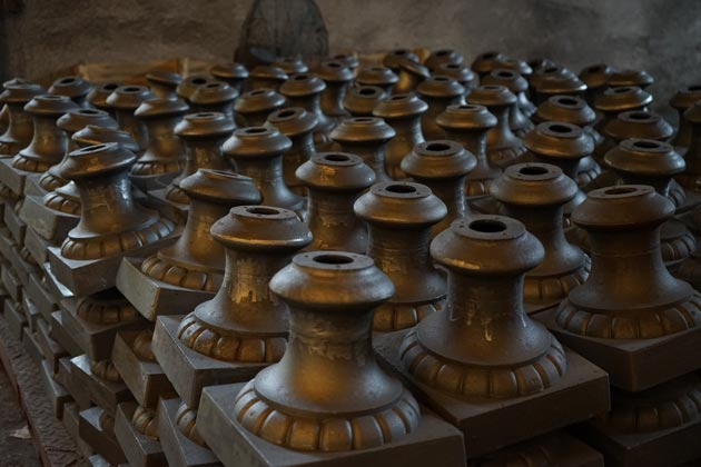 Cast iron urn manufacturer