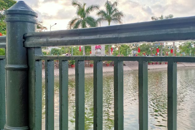 Riverside fence